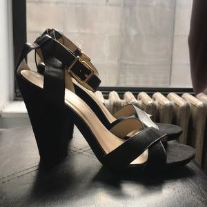 Sexy Shoemint Sandal Sz 10 - Worn Once!